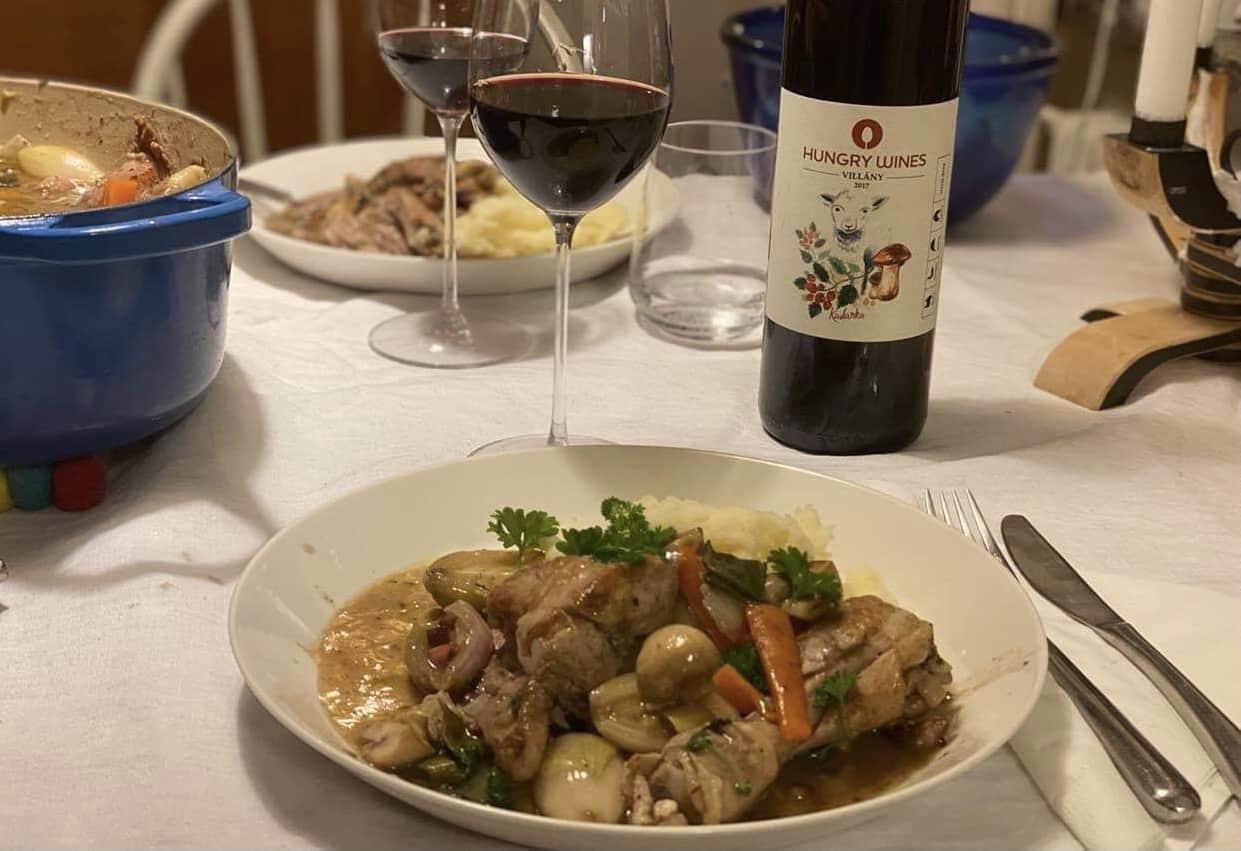 Coq au vin på Hungry Wines vis